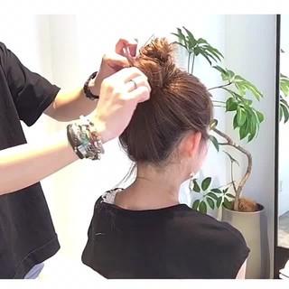 ヘアアレンジ ルーズ フェミニン 簡単ヘアアレンジ ヘアスタイルや髪型の写真・画像