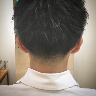 ナチュラル ショート フェードカット ツーブロック ヘアスタイルや髪型の写真・画像