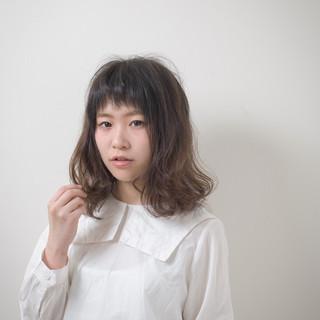 アッシュ 外国人風 ミディアム ボーイッシュ ヘアスタイルや髪型の写真・画像