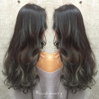 グラデーションカラー ゆるふわ ロング ブルージュ ヘアスタイルや髪型の写真・画像