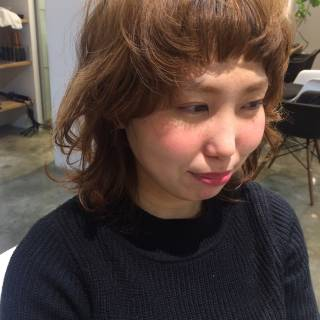 ミディアム ベース型 卵型 丸顔 ヘアスタイルや髪型の写真・画像 ヘアスタイルや髪型の写真・画像
