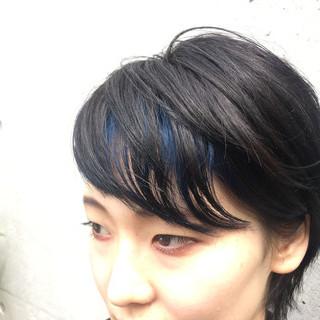 ショート ブリーチ 前髪あり 暗髪 ヘアスタイルや髪型の写真・画像