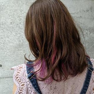 パープル ピンクパープル インナーカラー ガーリー ヘアスタイルや髪型の写真・画像