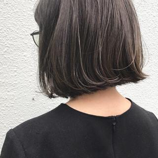 切りっぱなし ボブ 前髪パッツン 外国人風 ヘアスタイルや髪型の写真・画像