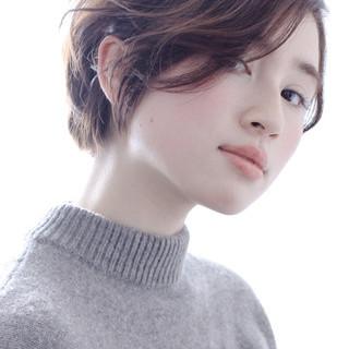 小顔 リラックス マッシュ 似合わせ ヘアスタイルや髪型の写真・画像