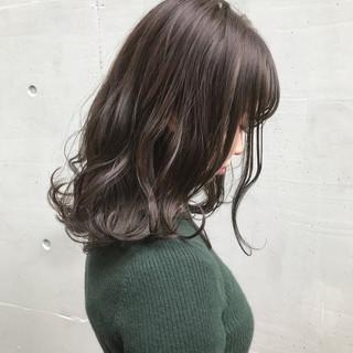ラベンダーアッシュ セミロング ラベンダー ラベンダーグレージュ ヘアスタイルや髪型の写真・画像 ヘアスタイルや髪型の写真・画像