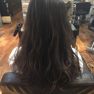 ローライト ハイライト 暗髪 ナチュラル ヘアスタイルや髪型の写真・画像 ヘアスタイルや髪型の写真・画像