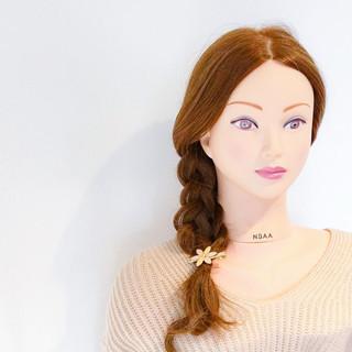 アウトドア ショート フェミニン デート ヘアスタイルや髪型の写真・画像