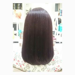 透明感 ミディアム レッド イルミナカラー ヘアスタイルや髪型の写真・画像