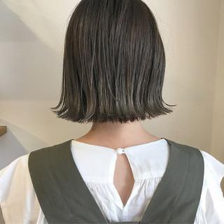 外ハネ ショートボブ 秋 透明感 ヘアスタイルや髪型の写真・画像