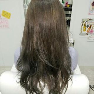 ロング アッシュ ガーリー ゆるふわ ヘアスタイルや髪型の写真・画像 ヘアスタイルや髪型の写真・画像