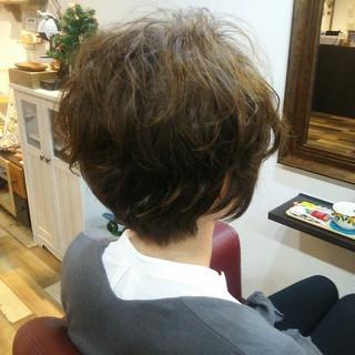 ナチュラル くせ毛風 パーマ 束感 ヘアスタイルや髪型の写真・画像 ヘアスタイルや髪型の写真・画像