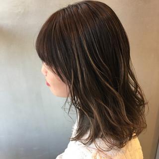 外国人風カラー ストリート グラデーションカラー ハイライト ヘアスタイルや髪型の写真・画像