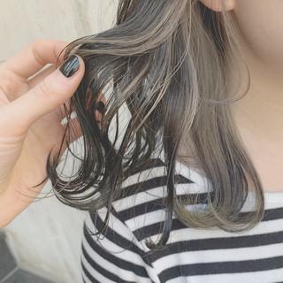 デート ストリート グレージュ ブリーチ ヘアスタイルや髪型の写真・画像 ヘアスタイルや髪型の写真・画像