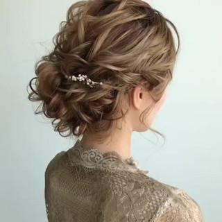 セミロング 大人かわいい ガーリー 結婚式 ヘアスタイルや髪型の写真・画像