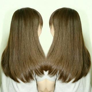 アッシュ 縮毛矯正 大人かわいい ストレート ヘアスタイルや髪型の写真・画像 ヘアスタイルや髪型の写真・画像