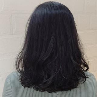 ナチュラル アディクシーカラー アッシュ 似合わせ ヘアスタイルや髪型の写真・画像