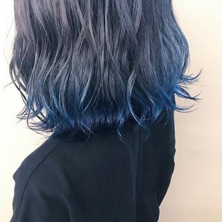 ブルーアッシュ ダブルカラー 裾カラー ボブ ヘアスタイルや髪型の写真・画像