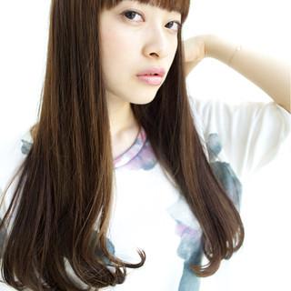 コンサバ 前髪あり アッシュ 外国人風 ヘアスタイルや髪型の写真・画像 ヘアスタイルや髪型の写真・画像