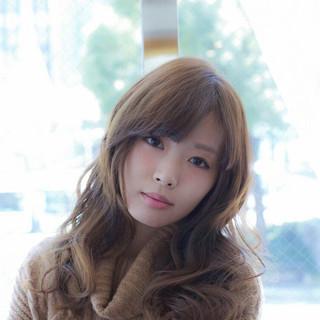 大人かわいい 外国人風 ガーリー 愛され ヘアスタイルや髪型の写真・画像 ヘアスタイルや髪型の写真・画像