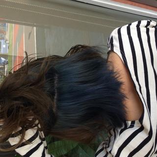 ミディアム ガーリー ダブルカラー グレーアッシュ ヘアスタイルや髪型の写真・画像