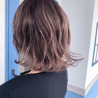 圧倒的透明感 リアルサロン エレガント ダブルカラー ヘアスタイルや髪型の写真・画像