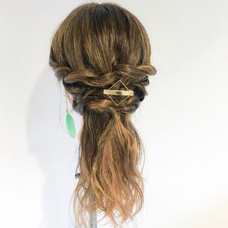 ロング エレガント 上品 簡単ヘアアレンジ ヘアスタイルや髪型の写真・画像
