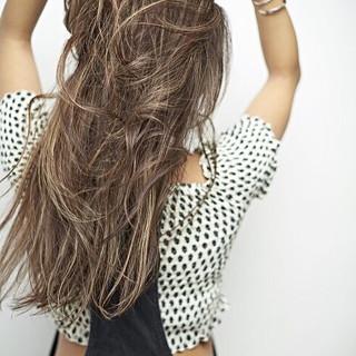 コントラストハイライト 3Dハイライト 外国人風カラー ロング ヘアスタイルや髪型の写真・画像