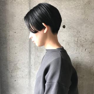 ハンサムショート ショート センターパート 黒髪 ヘアスタイルや髪型の写真・画像