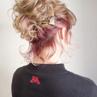 ピンク ボブ 簡単ヘアアレンジ アンニュイほつれヘア ヘアスタイルや髪型の写真・画像
