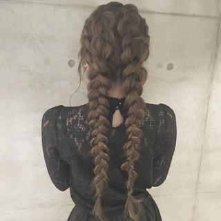 ガーリー 大人かわいい ロング 簡単ヘアアレンジ ヘアスタイルや髪型の写真・画像
