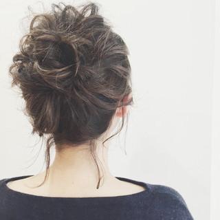 ミディアム 外国人風 アッシュ 簡単ヘアアレンジ ヘアスタイルや髪型の写真・画像