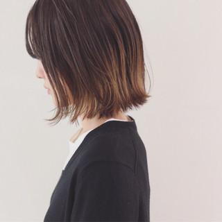 ボブ 外ハネ インナーカラー グラデーションカラー ヘアスタイルや髪型の写真・画像