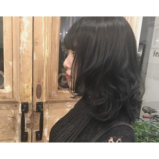 アッシュ ミディアム 秋 暗髪 ヘアスタイルや髪型の写真・画像 ヘアスタイルや髪型の写真・画像