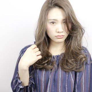 小顔 コンサバ ニュアンス デート ヘアスタイルや髪型の写真・画像
