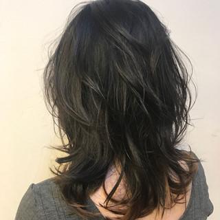ナチュラル ミディアム デート レイヤーカット ヘアスタイルや髪型の写真・画像