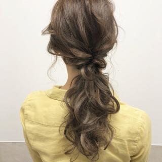 エレガント ミルクティー ロング ポニーテール ヘアスタイルや髪型の写真・画像