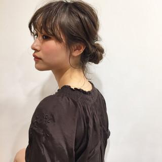 簡単ヘアアレンジ ナチュラル ミディアム デート ヘアスタイルや髪型の写真・画像