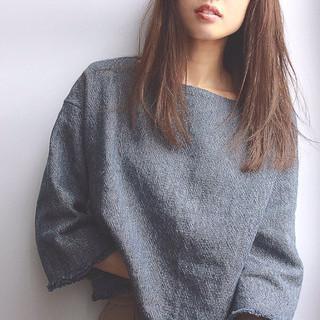 暗髪 ストリート 大人女子 ストレート ヘアスタイルや髪型の写真・画像