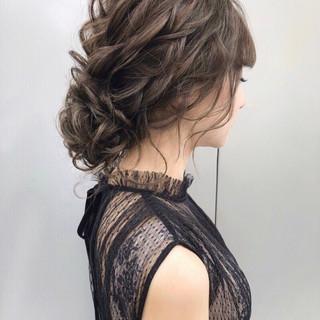 おしゃれさんと繋がりたい 結婚式ヘアアレンジ セミロング フェミニン ヘアスタイルや髪型の写真・画像
