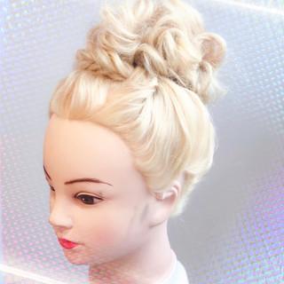 ナチュラル ブライダル ヘアアレンジ 簡単ヘアアレンジ ヘアスタイルや髪型の写真・画像