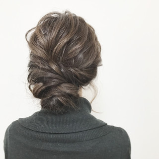 上品 結婚式 セミロング ヘアアレンジ ヘアスタイルや髪型の写真・画像