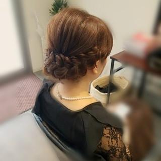 ミディアム 編み込み ヘアアレンジ フェミニン ヘアスタイルや髪型の写真・画像