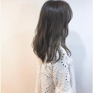 ママ 透明感 ナチュラル ゆるふわセット ヘアスタイルや髪型の写真・画像