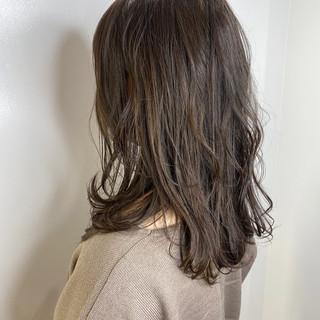 ベージュ 3Dハイライト ミルクティーベージュ ミディアム ヘアスタイルや髪型の写真・画像