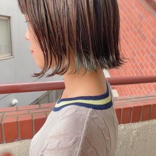 ナチュラル ポイントカラー インナーカラー ボブ ヘアスタイルや髪型の写真・画像
