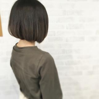 グラデーションカラー グレー ボブ ストリート ヘアスタイルや髪型の写真・画像