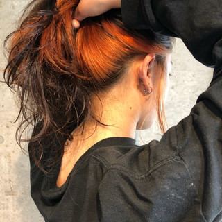 ブリーチ ストリート オレンジ ダブルカラー ヘアスタイルや髪型の写真・画像