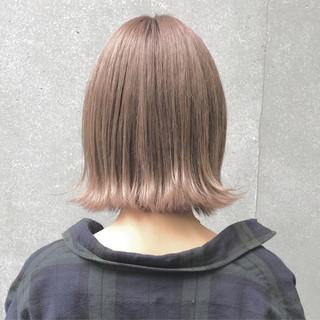 ボブ ベージュ ブリーチ 秋 ヘアスタイルや髪型の写真・画像