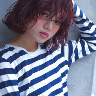 外ハネ 透明感 ピンク ボブ ヘアスタイルや髪型の写真・画像